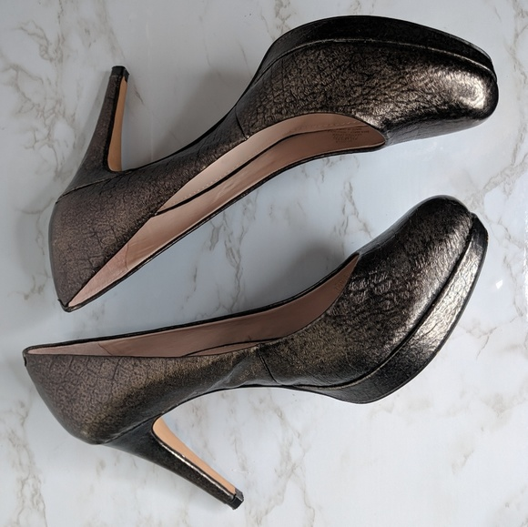 Vince Camuto Shoes - Vince Camuto Zella Metallic Snakeskin Pumps